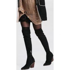 Czarne Zamszowe Kozaki With You. Czarne buty zimowe damskie vices, z zamszu, na wysokim obcasie. Za 149,99 zł.