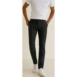 Mango Man - Spodnie Reno. Brązowe rurki męskie marki bonprix, z bawełny. Za 229,90 zł.