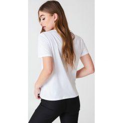 NA-KD Basic T-shirt basic - White. Różowe t-shirty damskie marki NA-KD Basic, z bawełny. Za 52,95 zł.