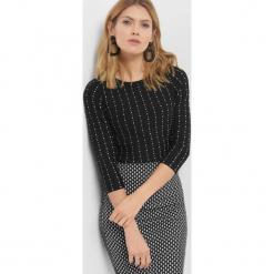 Sweter z geometrycznym wzorem. Brązowe swetry klasyczne damskie marki Orsay, s, z dzianiny. Za 99,99 zł.