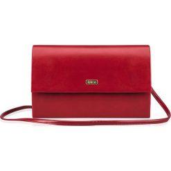 Czerwona damska kopertówka Felice  MAT CATHERINE. Czerwone kopertówki damskie marki Felice, w paski, małe. Za 64,90 zł.