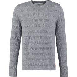 Swetry klasyczne męskie: Kronstadt KELD Sweter anthracite/orange