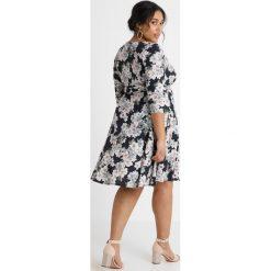 Sukienki hiszpanki: Evans EXCLUSIVE BLOSSSOM PRINT FIT FLARE DRESS Sukienka z dżerseju black