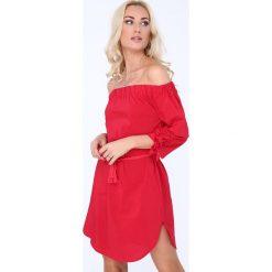 Sukienki: Czerwona Sukienka 3151