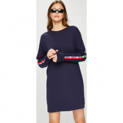 Levi's - Sukienka. Brązowe długie sukienki Levi's®, na co dzień, l, z bawełny, casualowe, z długim rękawem, proste. Za 219,90 zł.