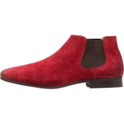 ALDO VALEWEN Botki red. Czerwone botki męskie marki ALDO, z materiału. Za 479,00 zł.