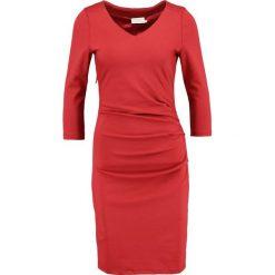Sukienki hiszpanki: Kaffe INDIA  Sukienka etui haute red