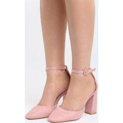 Różowe Sandały Grown Woman. Czerwone sandały damskie na słupku marki Born2be, z materiału, na wysokim obcasie. Za 44,99 zł.