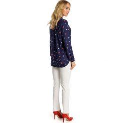 DESIREE Bluzka w motylki - model 1. Czarne bluzki z odkrytymi ramionami Moe, ze stójką. Za 136,99 zł.