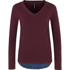 """Bluzki asymetryczne: Koszulka """"Sadia"""" w kolorze ciemnofioletowym"""