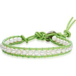 Bransoletki damskie: Skórzana bransoletka w kolorze jasnozielono-białym z perłami słodkowodnymi