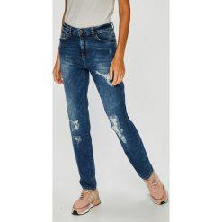 Noisy May - Jeansy Kim. Niebieskie jeansy damskie relaxed fit marki Noisy May, z bawełny. W wyprzedaży za 159,90 zł.