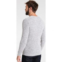 Swetry klasyczne męskie: Selected Homme SHXNEWVINCEBUBBLE CREW NECK Sweter marshmallow/twisted light grey