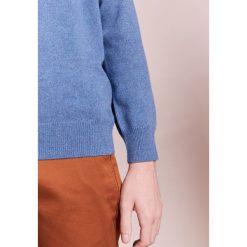 J.CREW CREW Sweter harbor. Niebieskie swetry klasyczne męskie J.CREW, m, z kaszmiru. W wyprzedaży za 371,70 zł.