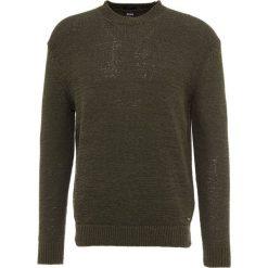 BOSS CASUAL ALYTEIP Sweter dark green. Zielone swetry klasyczne męskie BOSS Casual, m, z bawełny. Za 579,00 zł.