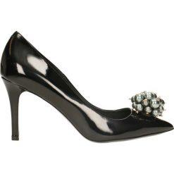Czółenka SAVONA. Czarne buty ślubne damskie marki Gino Rossi, z lakierowanej skóry. Za 249,90 zł.