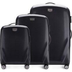 Zestaw walizek 56-3P-57S-10. Czarne walizki marki Wittchen, z gumy, duże. Za 1010,91 zł.