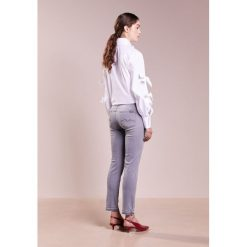 Rurki damskie: 7 for all mankind MID RISE ROXANNE UNROLLED Jeansy Slim Fit illusion grey