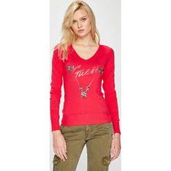 Guess Jeans - Sweter. Różowe swetry klasyczne damskie Guess Jeans, l, z dzianiny. Za 319,90 zł.