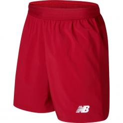 Spodenki Liverpool LFC Home Kit. Czerwone spodenki sportowe męskie marki New Balance, na jesień, z materiału, sportowe. W wyprzedaży za 99,99 zł.