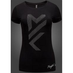 Koszulka damska Maciek Kot Collection TSD281 - głęboka czerń. Czarne bluzki damskie 4f, z nadrukiem, z bawełny. Za 29,99 zł.