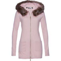 Sweter rozpinany ze sztucznym futerkiem bonprix matowy jasnoróżowy. Czerwone kardigany damskie bonprix. Za 109,99 zł.