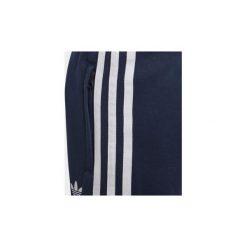 Zestawy dresowe adidas  Dres z bluzą z kapturem Trefoil. Niebieskie bluzy chłopięce rozpinane marki Adidas, z dresówki, z kapturem. Za 279,00 zł.
