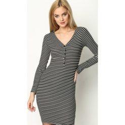 Czarno-Biała Sukienka Pop Status. Sukienki małe czarne marki Born2be, l, z dzianiny, z dekoltem w serek, z krótkim rękawem, dopasowane. Za 44,99 zł.