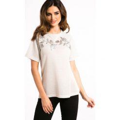 Białe Złoto T-shirt ze Skórzanymi Naszywkami 21047. Białe t-shirty damskie Fasardi, l, z aplikacjami. Za 41,00 zł.