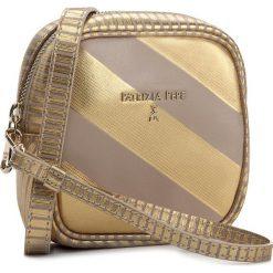 Torebka PATRIZIA PEPE - 2V6974/A2NM-X1S Beige/Gold. Czarne listonoszki damskie marki Patrizia Pepe, ze skóry. W wyprzedaży za 519,00 zł.