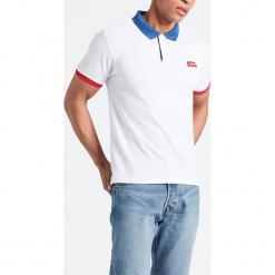 """Koszulka polo """"Modern"""" w kolorze białym. Białe koszulki polo marki Levi's®, m, z aplikacjami, z bawełny. W wyprzedaży za 86,95 zł."""