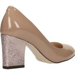 Czółenka LENA. Brązowe buty ślubne damskie Gino Rossi, z lakierowanej skóry, na słupku. Za 249,90 zł.