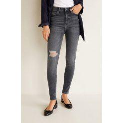 Mango - Jeansy Soho. Szare jeansy damskie rurki Mango, z aplikacjami, z bawełny, z podwyższonym stanem. Za 139,90 zł.