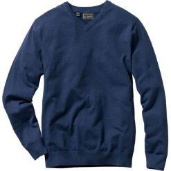 Sweter z dekoltem w serek Regular Fit bonprix ciemnoniebieski. Niebieskie swetry klasyczne męskie bonprix, l, z dzianiny, z dekoltem w serek. Za 79,99 zł.
