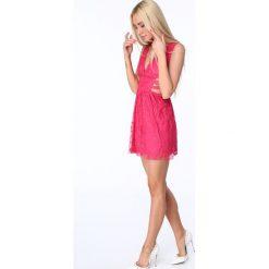 Sukienka z gumkami po bokach amarantowa ZZ304. Czerwone sukienki Fasardi, m. Za 99,00 zł.