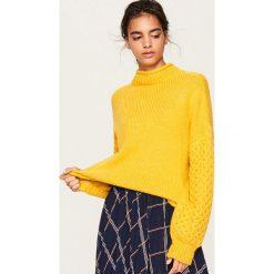 Sweter z golfem - Żółty. Żółte golfy damskie Reserved, m. Za 119,99 zł.