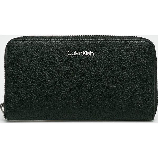 8e6f7923a6cdd Calvin Klein - Portfel - Czarne portfele damskie marki Calvin Klein ...