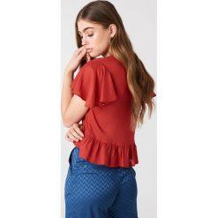 Bluzki damskie: NA-KD Boho Bluzka z rozkloszowanymi rękawami - Red