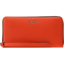 Portfele damskie: Calvin Klein EDIT LARGE ZIP AROUND Portfel orange
