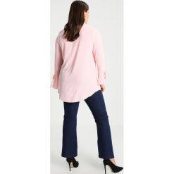 Koszule wiązane damskie: Evans EYELET Koszula pink