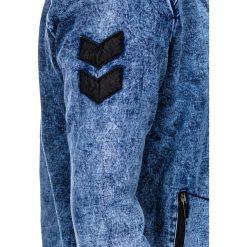 KURTKA MĘSKA PRZEJŚCIOWA BOMBERKA C240 - JEANSOWA. Niebieskie kurtki męskie bomber Ombre Clothing, m, z aplikacjami, z bawełny, militarne. Za 99,00 zł.