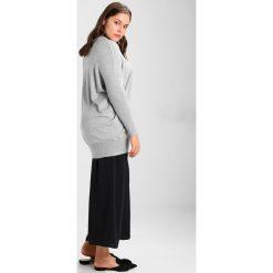 Swetry klasyczne damskie: Zizzi OCARRIE  Sweter grey melange