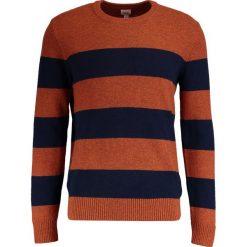 Swetry klasyczne męskie: GAP RUGBY STRIPE CREW Sweter henna