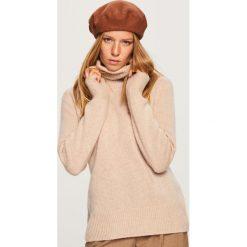 Kaszmirowy sweter - Beżowy. Brązowe swetry klasyczne damskie marki Vila, l, z elastanu. Za 349,99 zł.