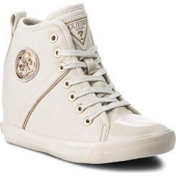 Sneakersy GUESS - FLJLY3 ELE12  WHITE. Białe sneakersy damskie marki Guess, z materiału. W wyprzedaży za 369,00 zł.
