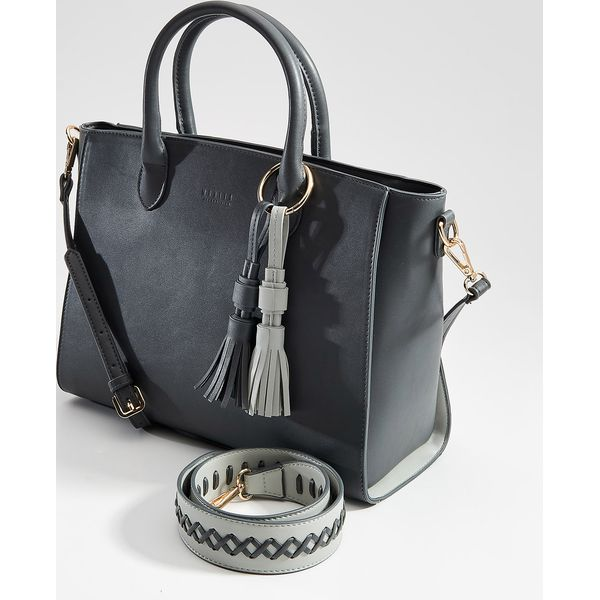 9ca2d4bff8b4b Szare torby i plecaki ze sklepu Mohito - Promocja. Nawet -80%! - Kolekcja  wiosna 2019 - myBaze.com