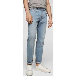 Mango Man - Jeansy Bob3. Niebieskie jeansy męskie regular Mango Man. Za 139,90 zł.