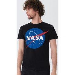 T-shirty męskie: T-shirt NASA - Czarny