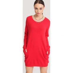 Czerwony Sweter Nonchalance. Czerwone swetry klasyczne damskie other, na jesień, l. Za 74,99 zł.