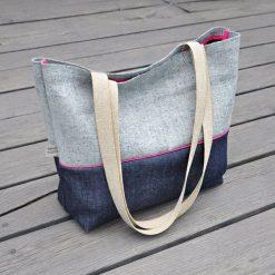 Torebka damska - torebka na zakupy z jeansu. Czerwone shopper bag damskie Pakamera, w kolorowe wzory, z jeansu, na ramię. Za 119,00 zł.